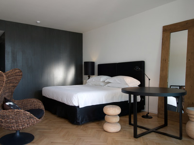 Tuscany Junior Suite  + Chic Treats in Overview