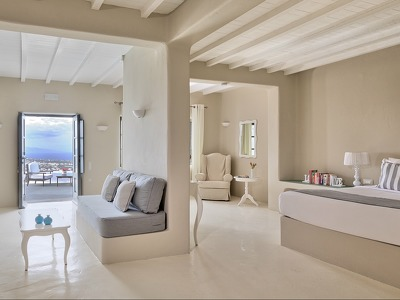 Lava Suite with Private Heated Pool and Panoramic Island View