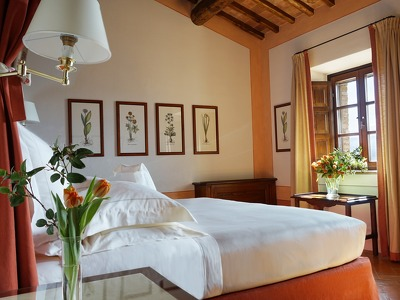 Riserva Suite  + Chic Treats in Overview