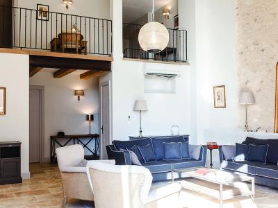 Le Chai d'Elevage (4 bedroom villa with terrace)