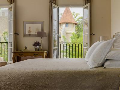 La Maison des Bons (sleeps 6)