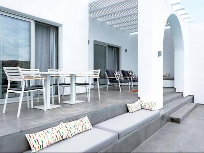 Galini Breeze Villa + Chic Treats in Overview