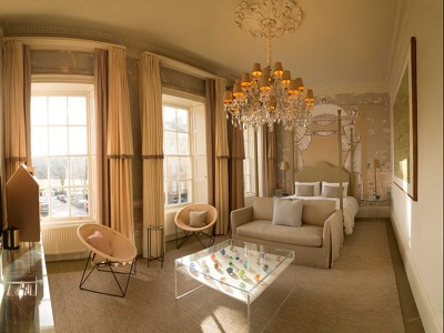 Pulteney Junior Suite + Chic Treats in Overview