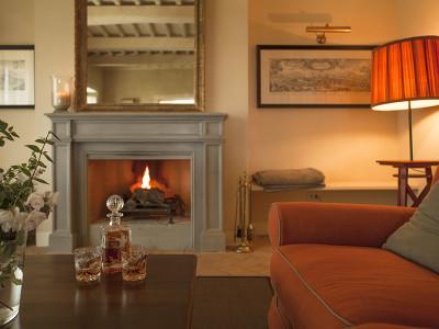 Villa Casetta  + Chic Treats in Overview