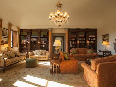 Villa Il Borro  + Chic Treats in Overview