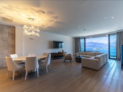 Two bedroom apartment + Chic Treats in Overview