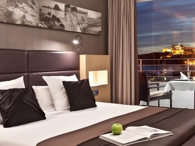 Dalt Vila Suite + Smart for two