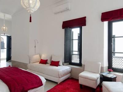 Cinnabar Luxury Suite