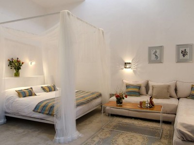 Topaz Luxury Suite