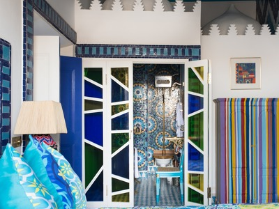 Safi (Family Suite) + Chic Treats in Overview