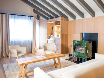 Attic Suite + Chic Treats in Overview