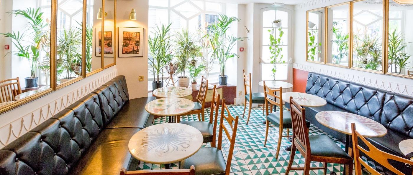 h tel du temps boutique hotel in paris france. Black Bedroom Furniture Sets. Home Design Ideas