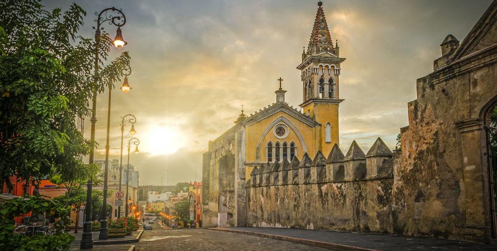 Seguros-de-Auto-en-Cuernavaca-Morelos-Crabi-v001