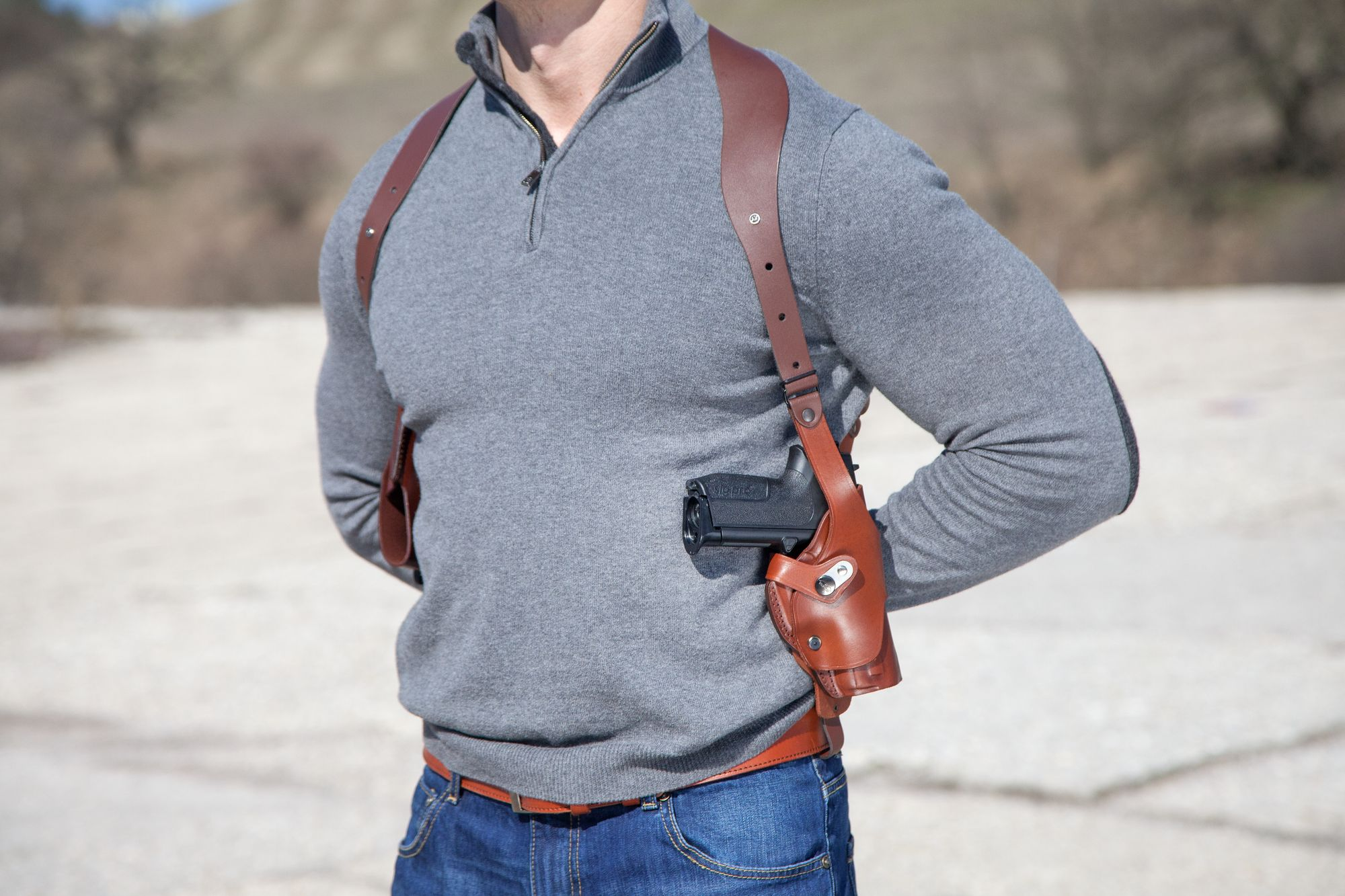Vertical Roto Shoulder Holster w Double Mag Pouch