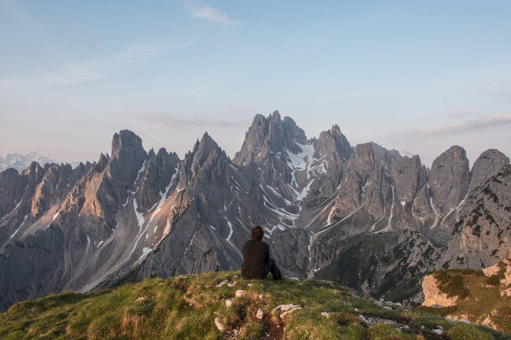https://pixabay.com/es/alpine-punto-de-vista-gama-ridge-828804/