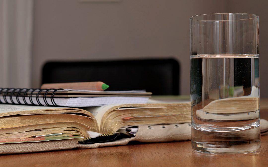Cloro: ¿debemos dejar que se evapore o bien filtrar el agua?