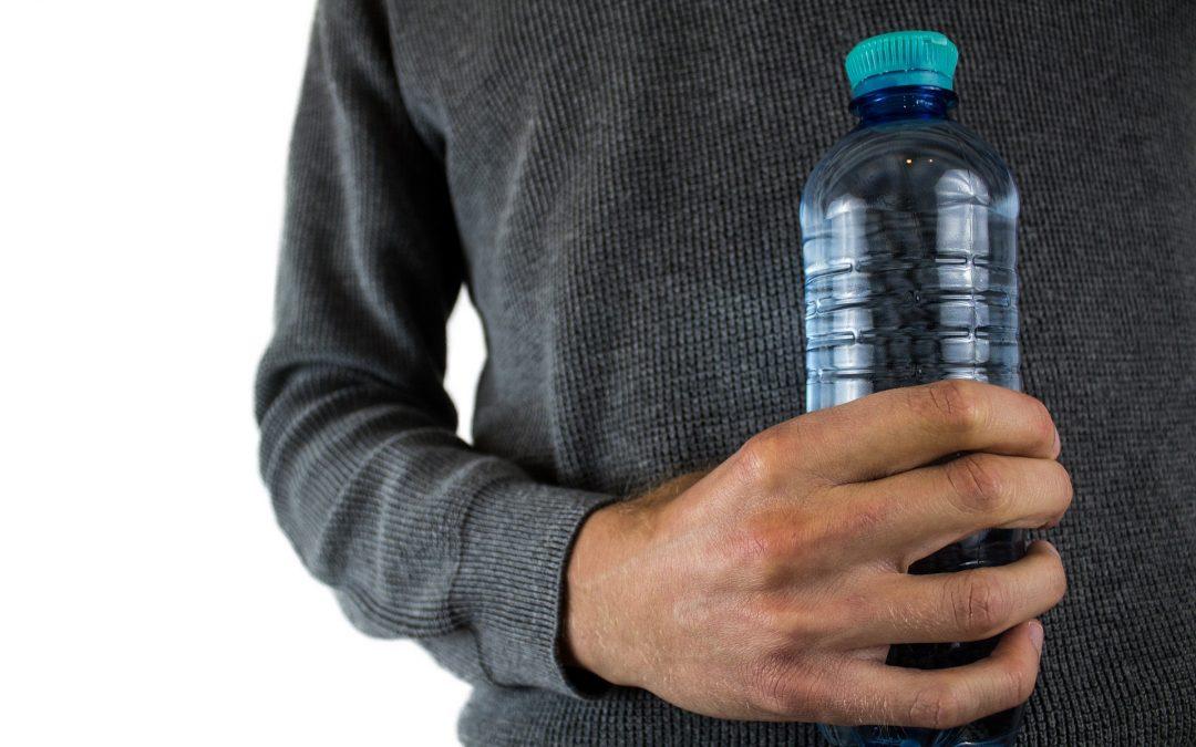 Bisfenol A: qué es y porqué evitarlo en nuestro consumo de bebidas