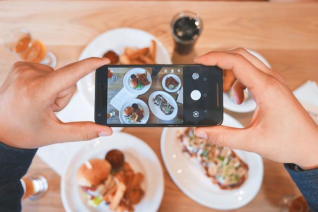 Los elementos distractores del acto de comer: cómo liberarte de ellos