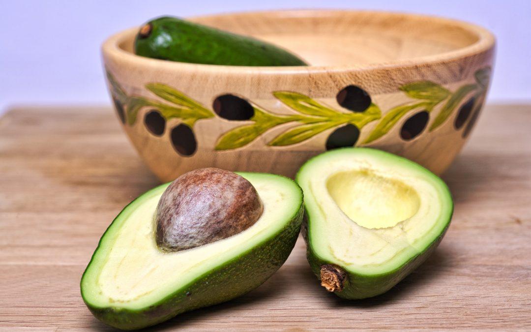¿Cómo ayudan las grasas saludables a combatir los problemas cardiovasculares?