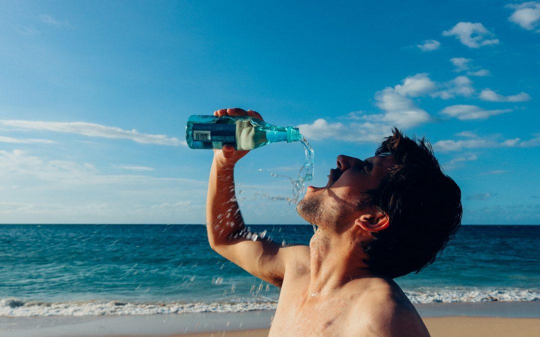 La ionización negativa en el agua alcalina