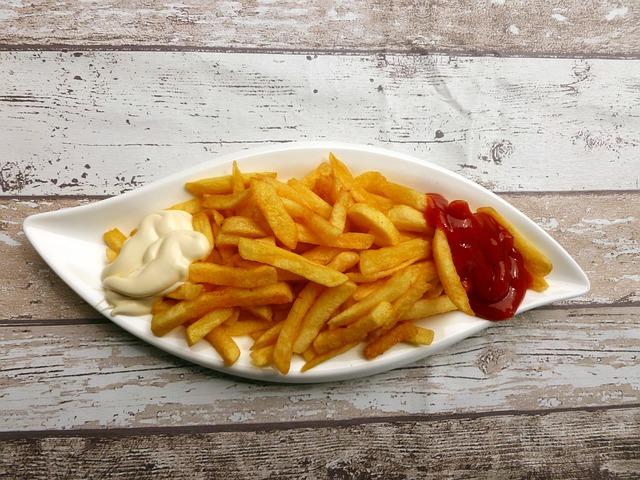 ¿Qué alimentos contienen acrilamida y debemos evitar?