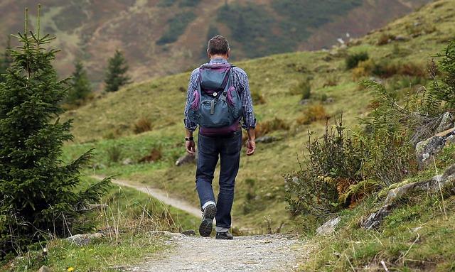 Dar pasos caminando