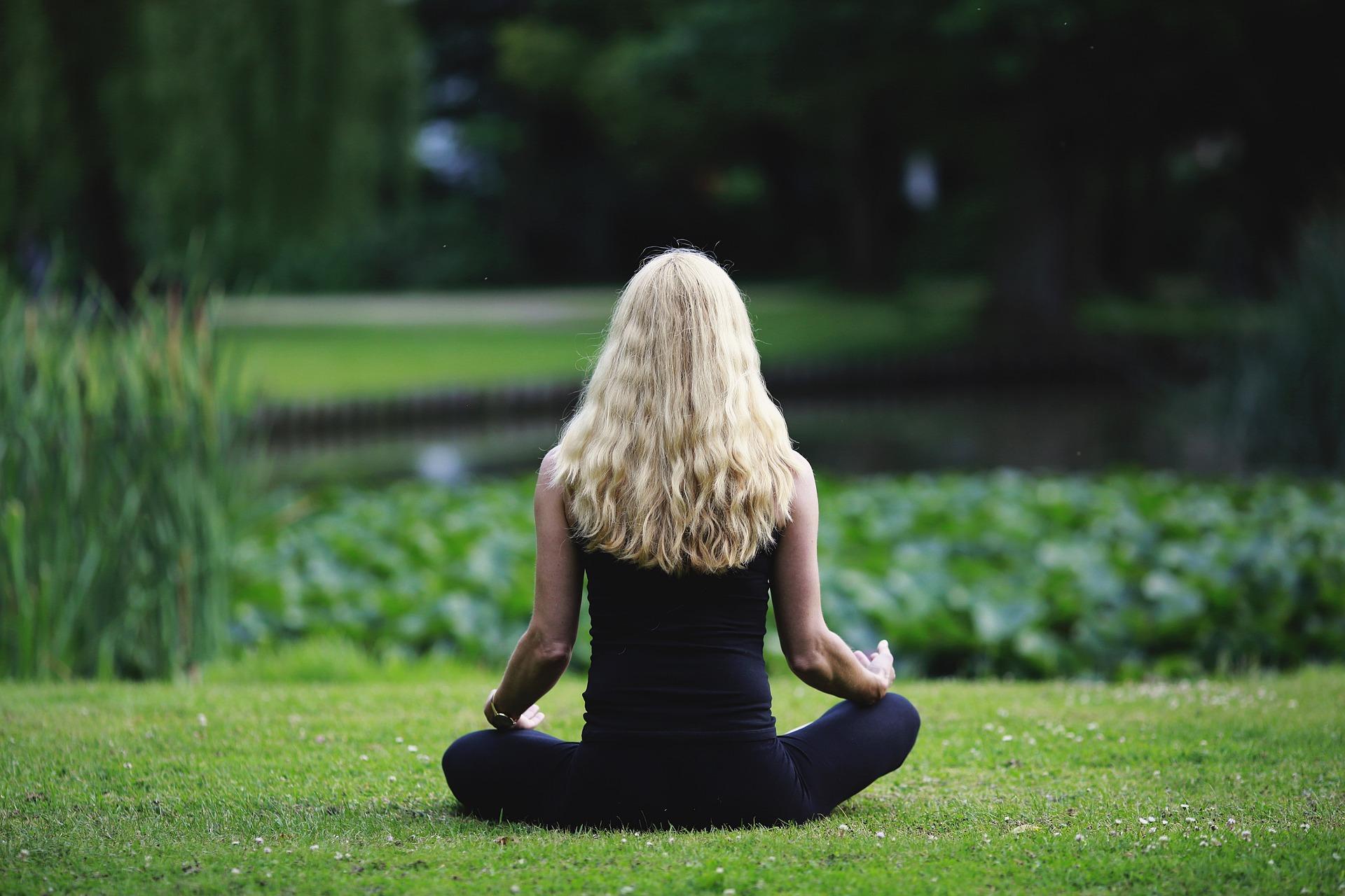 ¿Tienes miedo a hablar en público? En la meditación tienes la solución