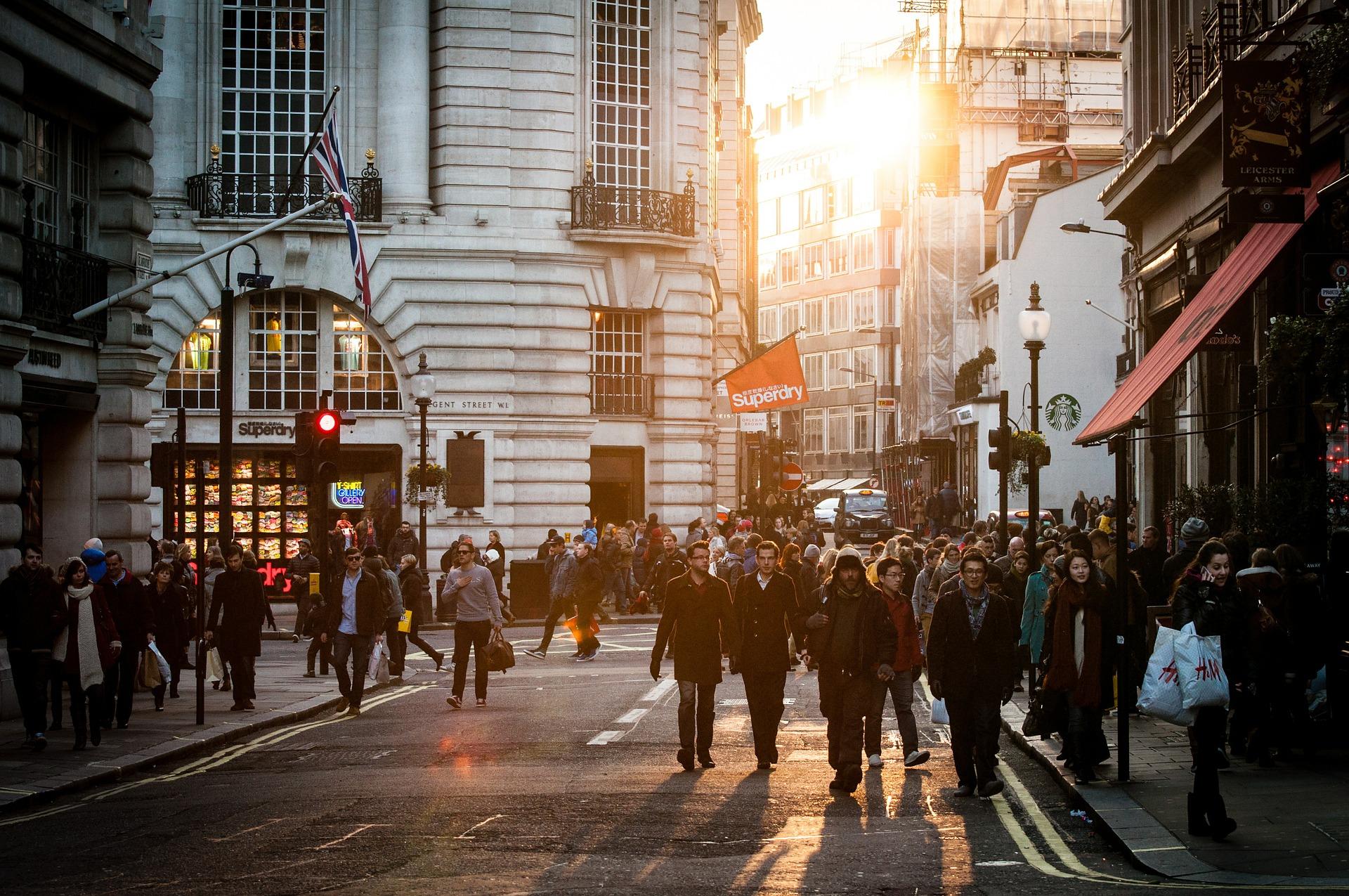 La relación entre el consumismo y la ansiedad