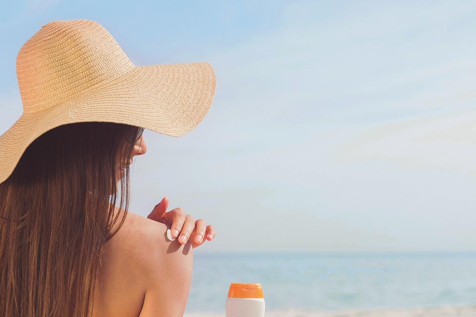 Remedios para aliviar la piel tras la exposición solar