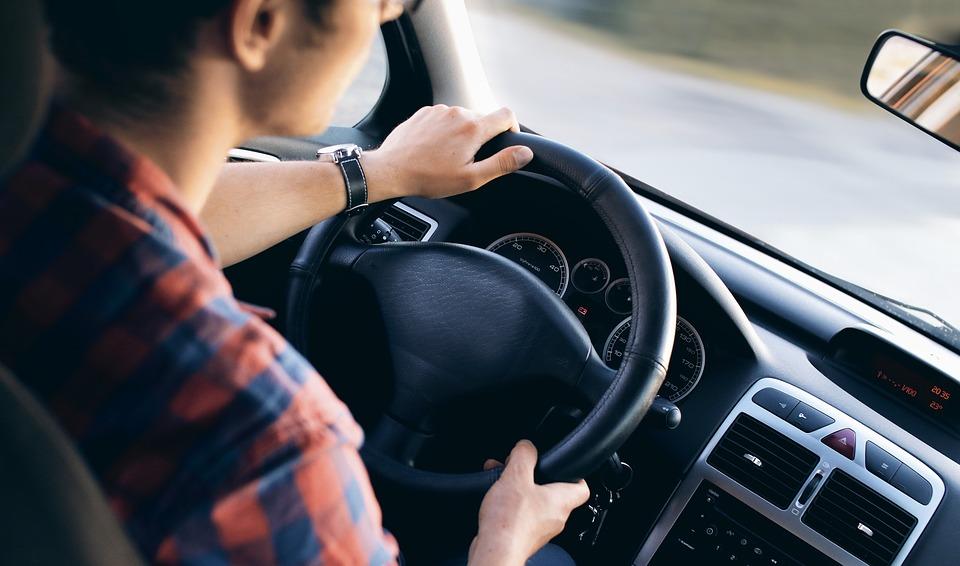 Cómo conducir de manera eficiente