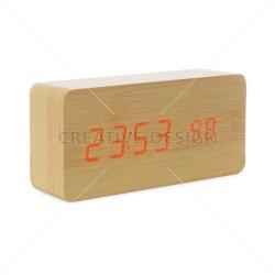 Relógio de Madeira com Display LED
