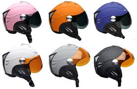 Choosing the right paragliding helmet