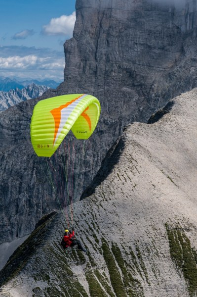 new Gin yeti 4 available at FlySpain Paragliding shop