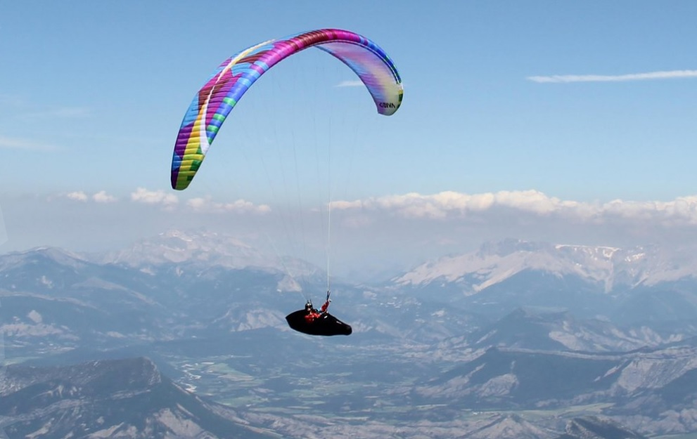 Spain, the best place for paragliding holiday