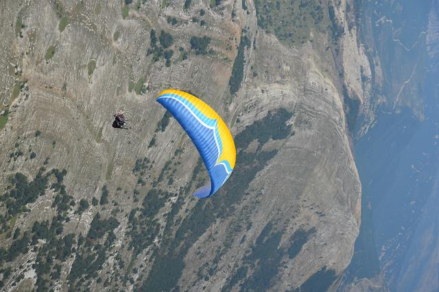 Ozone Magnum3 Tandem Paraglider Available at Flyspain