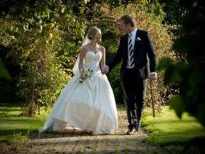wedding-home-sml-144107.jpg