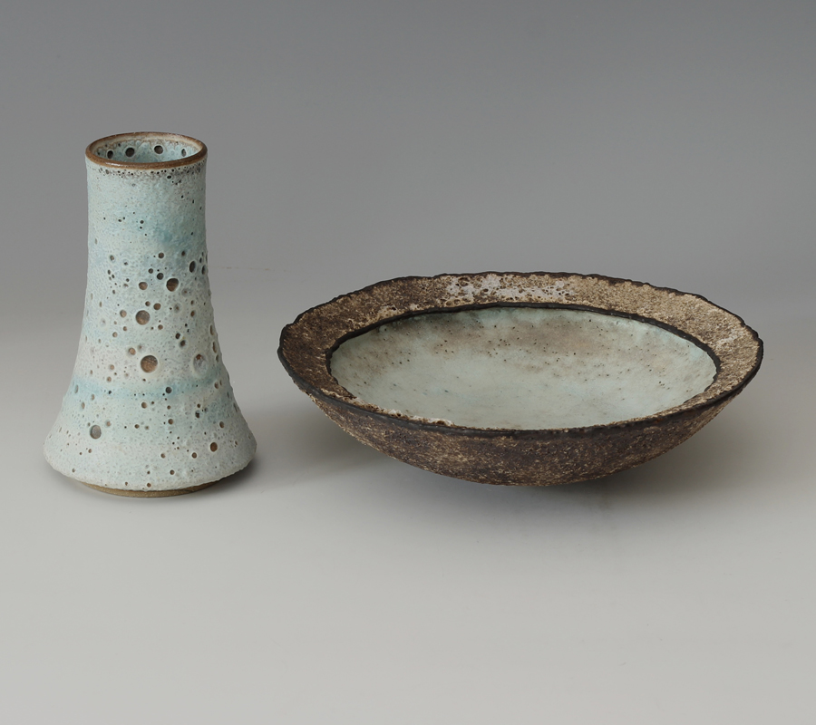 Deirdre Burnett single rim Ceramic Bowl & Flask form
