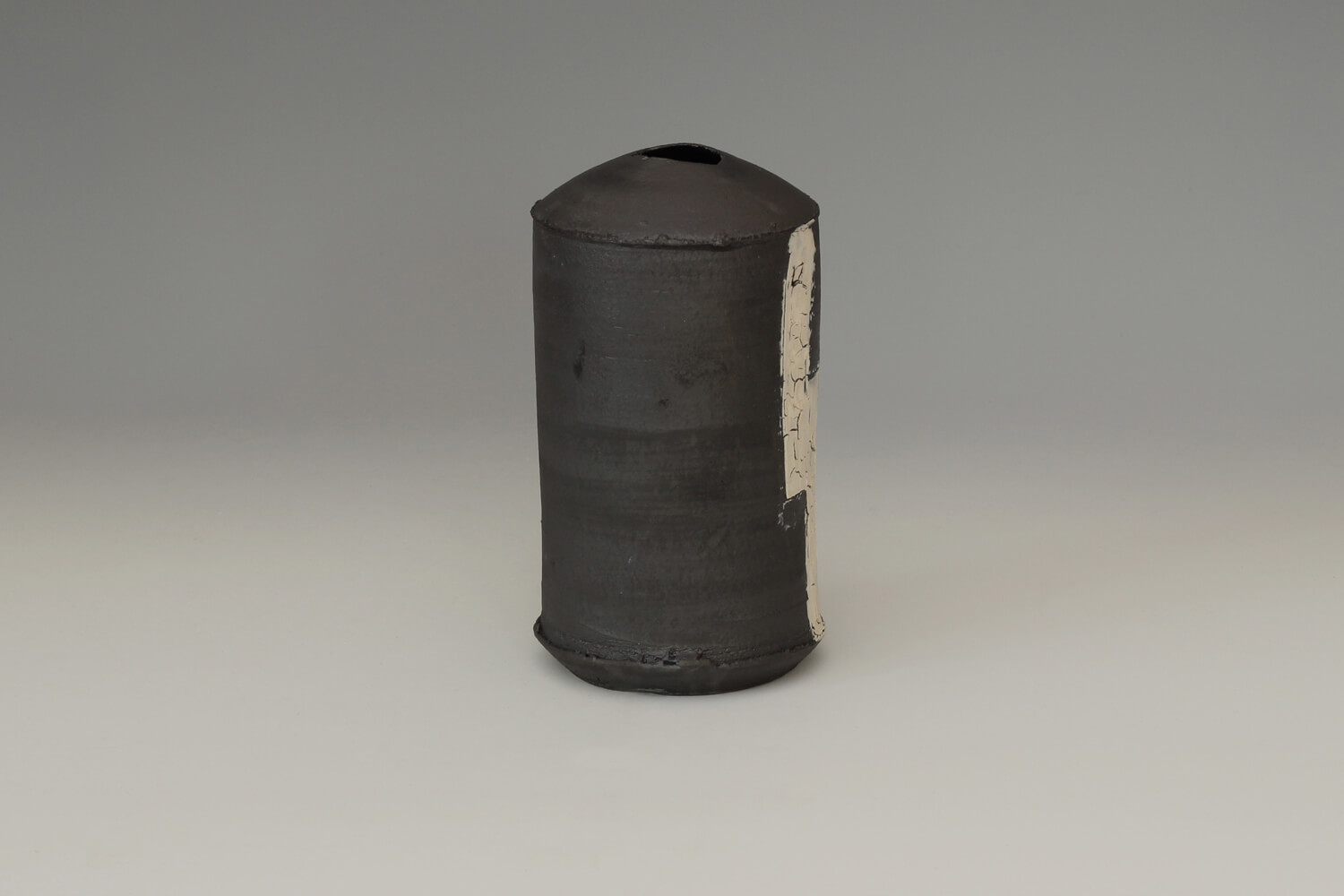 Dan Kelly Ceramic Vessel 48