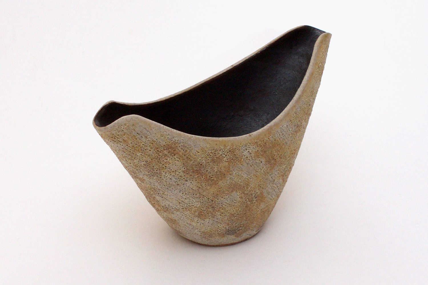 Chris Carter Ceramic Boat Form 051