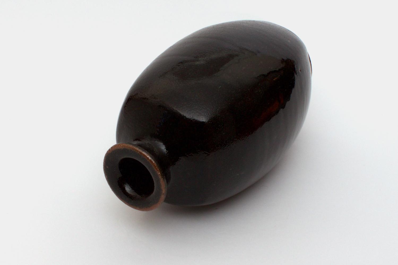 Jim Malone Ceramic Bottle 03