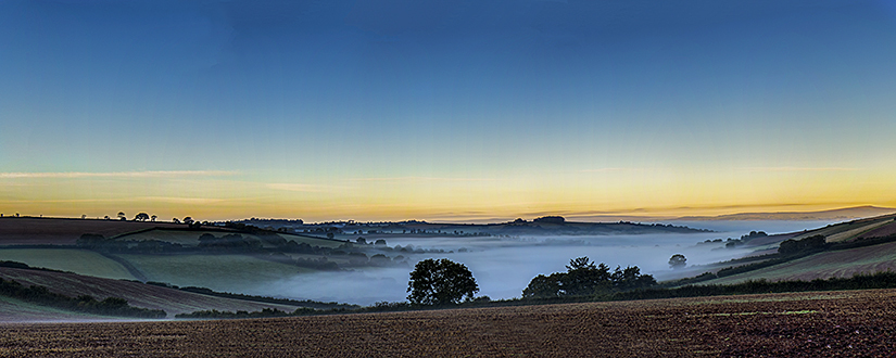 Morning mist over Stokeinteignhead 2