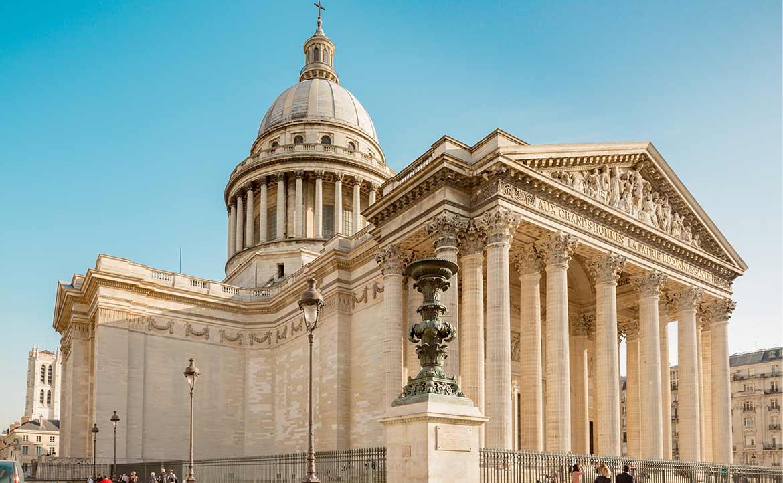 在巴黎,墓園是和公園一樣「日常」的存在:毫不避諱死亡,法國懂得尊重「人」的記憶與尊嚴