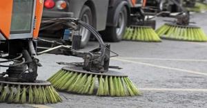 Sospesi i divieti di sosta per la pulizia strade e il relativo servizio