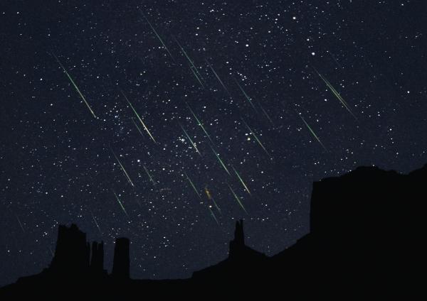 Questa notte occhi al cielo per le 'stelle cadenti'