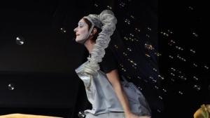 Savigliano: lo spettacolo teatrale per bambini 'L'albero delle bolle'