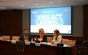 'Dal Jobs Act al Lavoro 4.0': picco di assunzioni e incremento tecnologico
