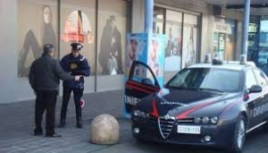 Romeno ruba in un supermercato: arrestato