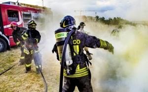 Incendio causa tre feriti a Bagnolo Piemonte