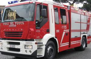 Incidente stradale a Castelletto Stura, sul posto Vigili del Fuoco e 118