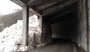 Valanga a Vernante sulla strada per Palanfrè (LE FOTO)
